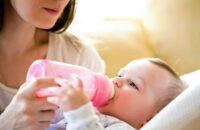 Bottle Feed your Baby – Tips of Bottle Feeding for Newborn Baby